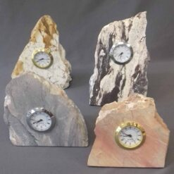 Reloj inserto en Piedra irregular santa fe