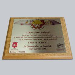 Plaqueta en madera con metal sublimado